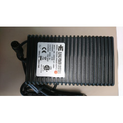 SBIG 90-240V to 12V and 5V DC Power Supply for the STL CCD Cameras